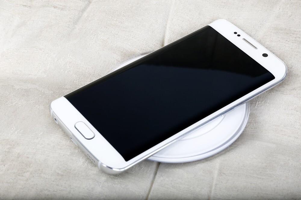 Comment ouvrir un Samsung S6 ?